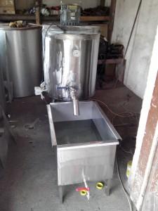 пастьоризатор за мляко 100 литра