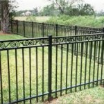 изработка на огради и парапети терзов метал